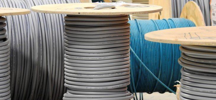 Když potřebujeme kabely, je dobré vědět, kam sáhnout