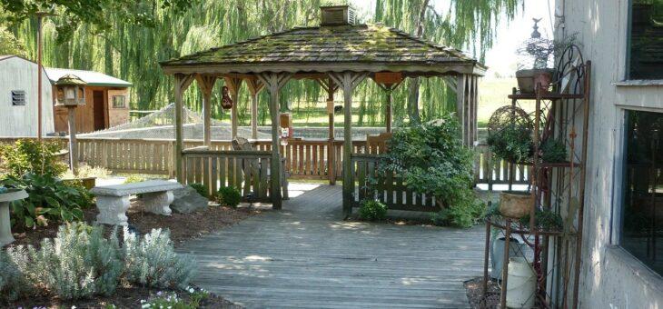 Zahradní domek, altán, pergola, nebo barelová sauna?